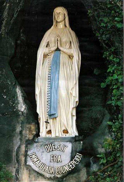 Lourdes28-virgen2