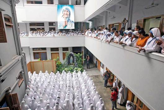 madre-teresa-casamadre8-In her footstep Nuns at her 10th anniversary in Calcutta - 18 March 2013
